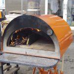 持ち運びできるピザ窯 販売開始です